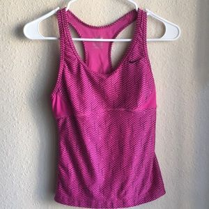Nike pro workout tank top